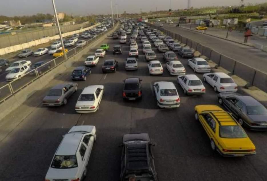 حدود سه میلیون خودرو وارد استان قم شد